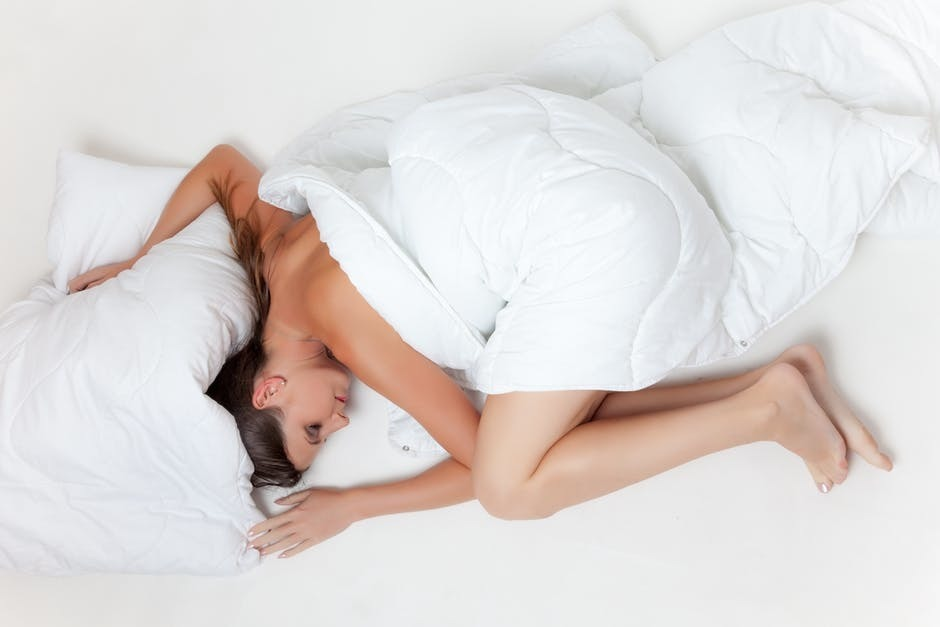 The Best Maternity Pillow for Maximum Comfort and Support
