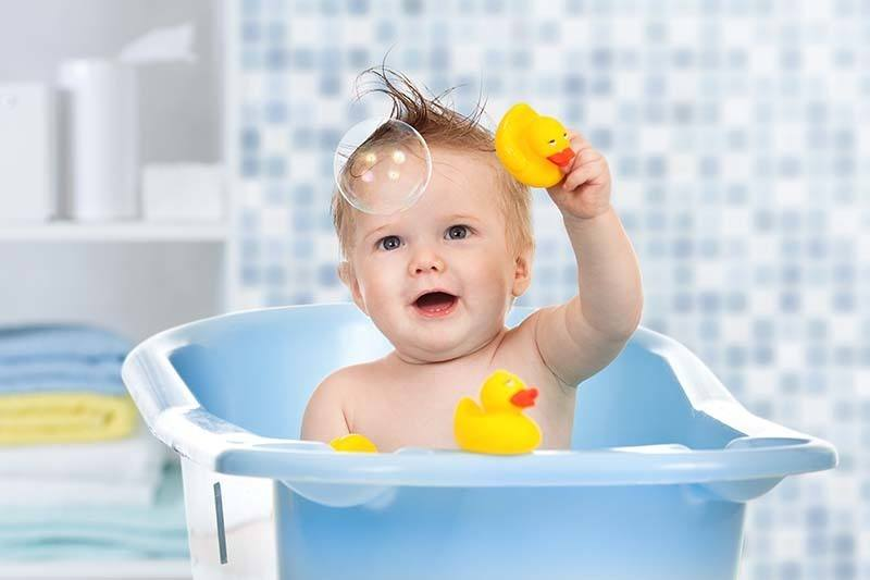 How To Clean Baby Bath Tub